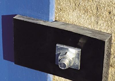 PVC Z platte. Befestigung an einer Doppelmetallstruktur.